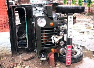 A file photo of the police Jeep damaged by  a Trinamul mob at Champdani police outpost in Hooghly on 5 April.